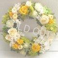 【送料無料】贅沢なバラのリースは幸せの黄色〜ずっときれいに咲き続けるプリザーブドフラワーリース〜