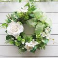 ホワイトローズとグリーンのリース〜長く飾れるアーティフィシャルリース